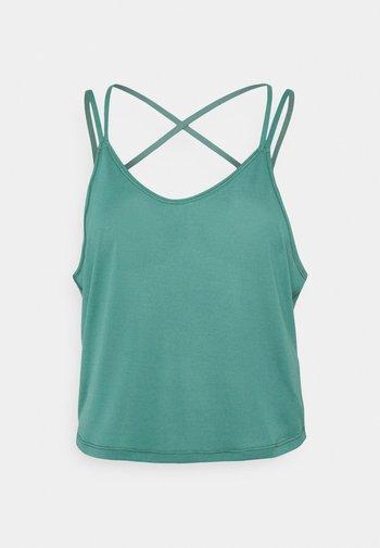 STUDIO GRAPHENE  - Sports shirt - blue spruce
