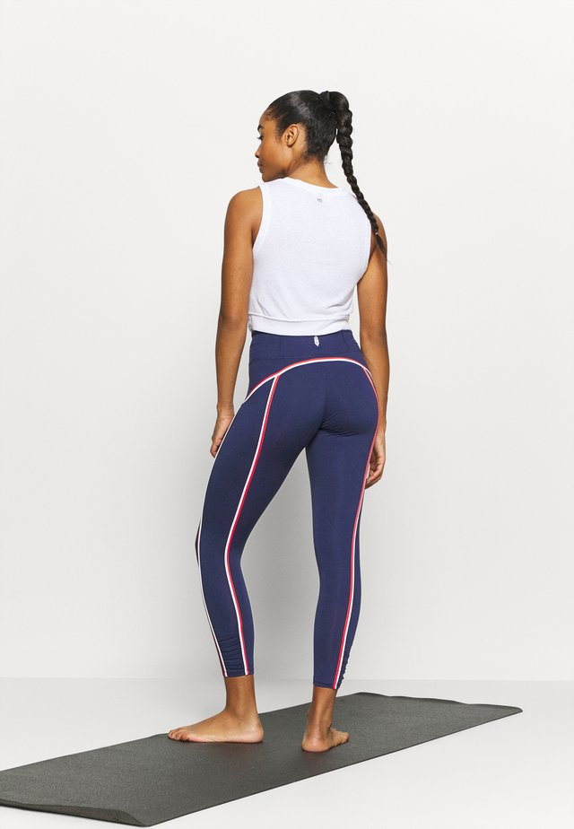 YOURE A PEACH DOUBLE POP - Legging - deepest navy