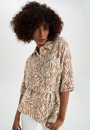 REGULAR FIT - Overhemdblouse - brown