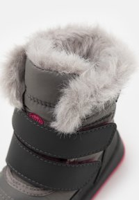 Sorel - CHILDRENS WHITNEY II STARS - Winter boots - quarry - 5