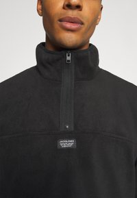 Jack & Jones - JCOMICK HALF ZIP - Fleece jumper - black - 6