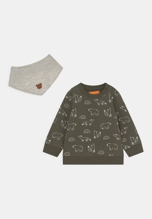 SET - Sweater - olive