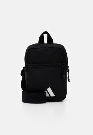PARKHOOD UNISEX - Across body bag - black/white