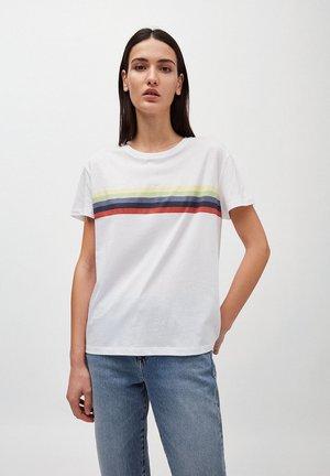 NELAA COLORED STRIPES - Print T-shirt - white