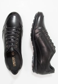 Geox - SYMBOL - Zapatos con cordones - black - 1