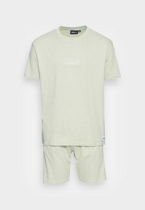PATCH TWINSET - T-shirt - bas - green