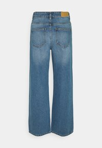 Noisy May Tall - NMAMANDA ANKLE - Straight leg jeans - medium blue denim - 1