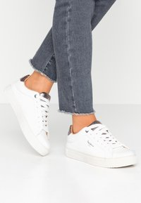 Pepe Jeans - ADAMS PREMIUM - Sneaker low - white - 0