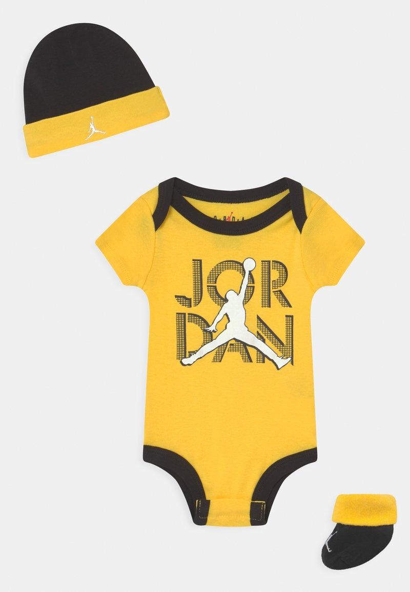 Jordan - LIGHTNING BOX SET UNISEX - Print T-shirt - tour yellow