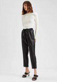 DeFacto - Pantalones - black - 3