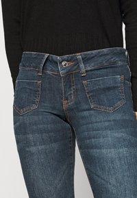 Vero Moda Petite - VMDINA - Široké džíny - dark blue denim - 4