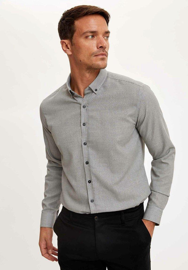 DeFacto - Formal shirt - grey