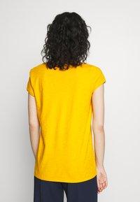 DRYKORN - AVIVI - T-shirt basic - yellow - 2
