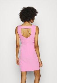 Guess - PATTI DRESS - Shift dress - rich pink - 2