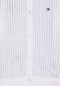 Tommy Hilfiger - ESSENTIALPOINTELLE CARDIGAN - Chaqueta de punto - white - 2