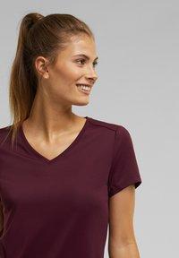 Esprit Sports - Basic T-shirt - bordeaux red - 6