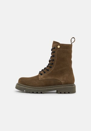 KOSFIRE - Lace-up ankle boots - army