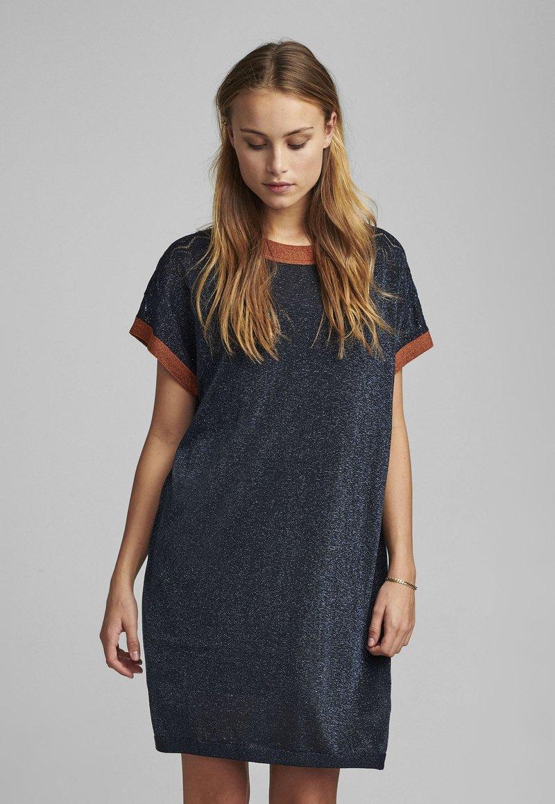 Nümph - NUBELINDA DRESS - Day dress - dark blue