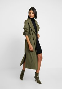 Saint Tropez - DRESS HIGH NECK - Abito in maglia - black - 2