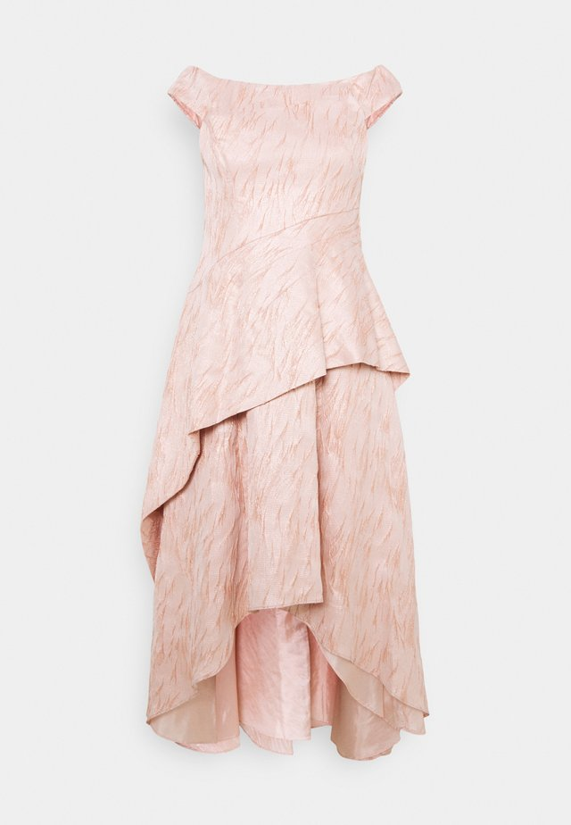 TEXTURED DRAPED GOWN - Iltapuku - blush
