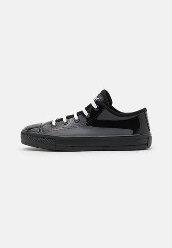 GAMMA - Zapatillas - black