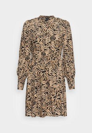 VMUMA SHORT DRESS - Vestito estivo - black uma