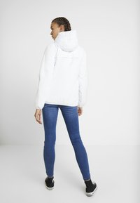 K-Way - LE VRAI CLAUDETTE ORSETTO - Outdoor jacket - white - 2
