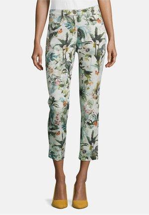 MIT AUFDRUCK - Trousers - nature/khaki
