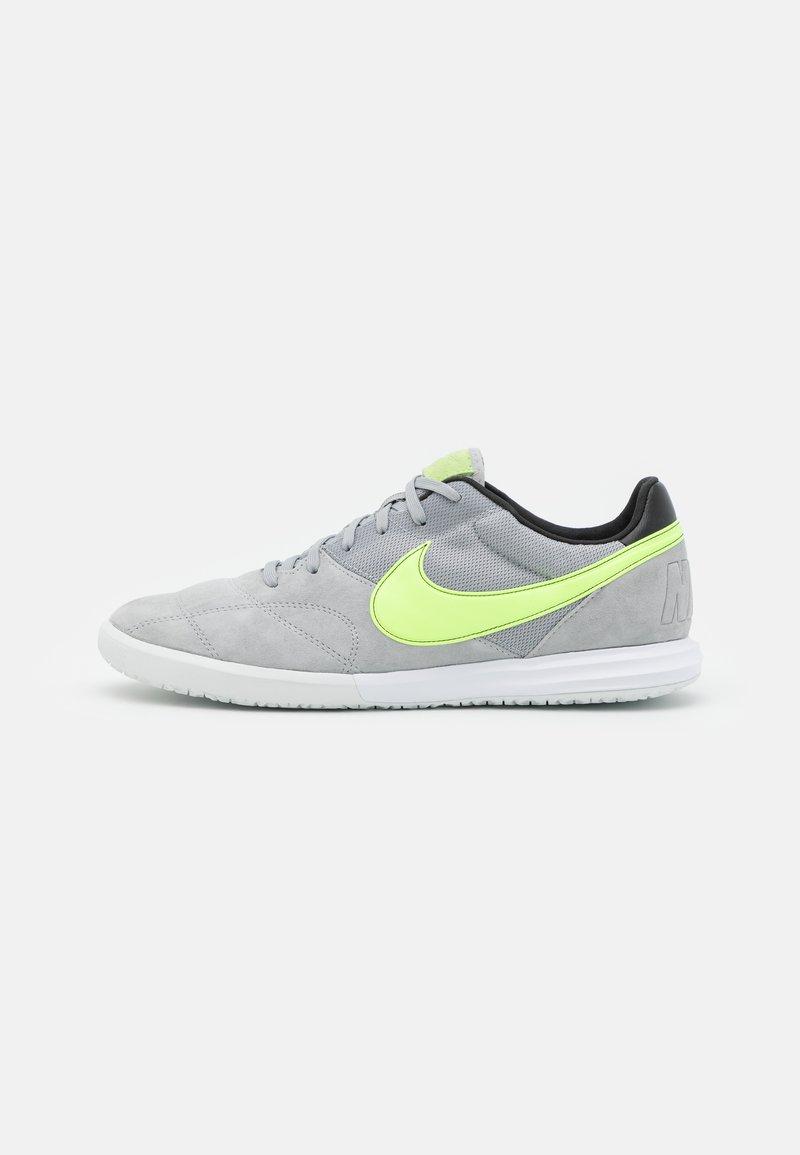 Nike Performance - PREMIER II SALA IC - Indoor football boots - light smoke grey/ghost green/white