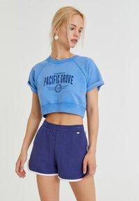 PULL&BEAR - Print T-shirt - light blue - 0