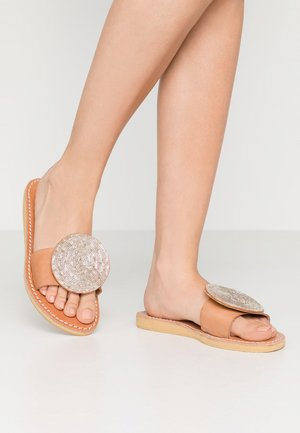 REMI - Mules - light brown/silver