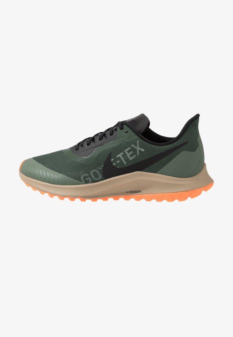 Nike Performance - ZOOM PEGASUS 36 TRAIL GTX - Vaelluskengät - galactic jade/black/juniper fog/khaki