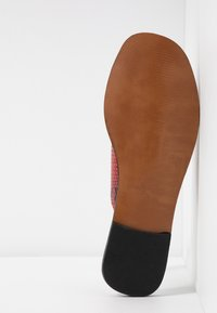Depp - Pantofle - rojo - 6