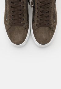 Kennel + Schmenger - SONIC - Trainers - taupe - 5