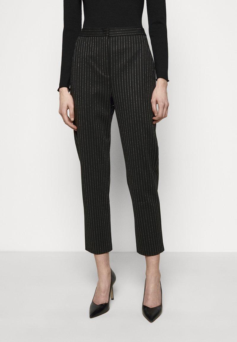 MAX&Co. - PRIMATO - Stoffhose - black pattern