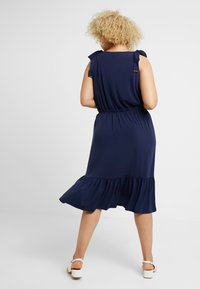MICHAEL Michael Kors - TIE SHOULDER MIDI - Jersey dress - true navy - 2