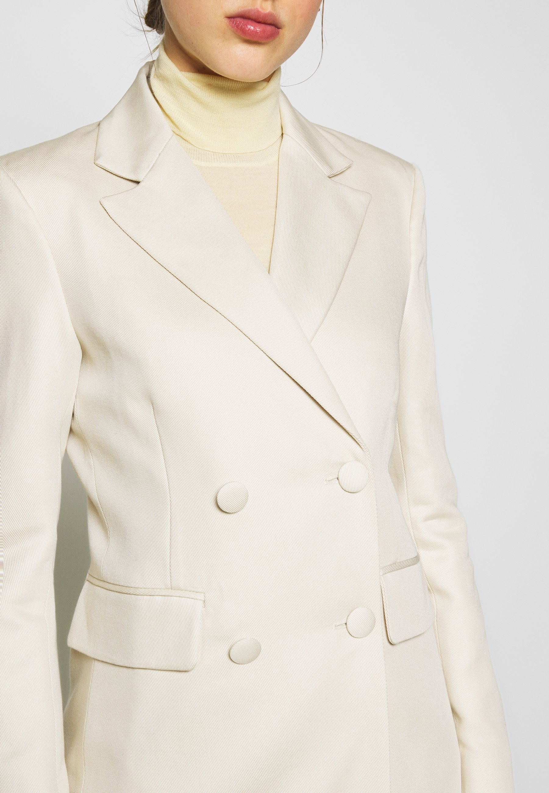 New Lower Prices Women's Clothing 2nd Day ANNIE THINKTWICE Short coat broken white E6qcw7PiD