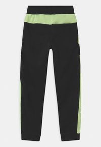 Nike Sportswear - AIR - Pantalones deportivos - black/light liquid lime/white - 1