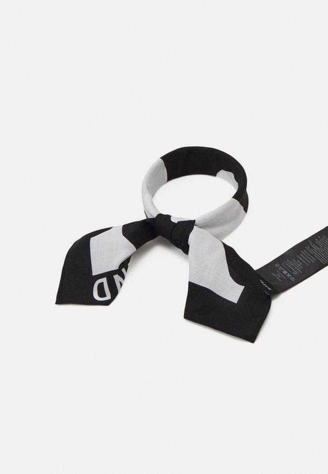 KIOSKI ETEVÄ LOKKI SCARF - Šátek - black/white