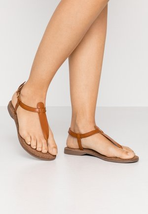 Flip Flops - tan