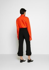 3.1 Phillip Lim - TROUSERS BELTED CUFF - Kalhoty - black - 2