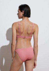 OYSHO - RECYCLED PIQUÉ CLASSIC - Bikini bottoms - light pink - 2
