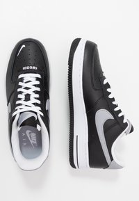 Nike Sportswear - AIR FORCE 1 07 LV8 - Sneakers laag - black/wolf grey/white - 1
