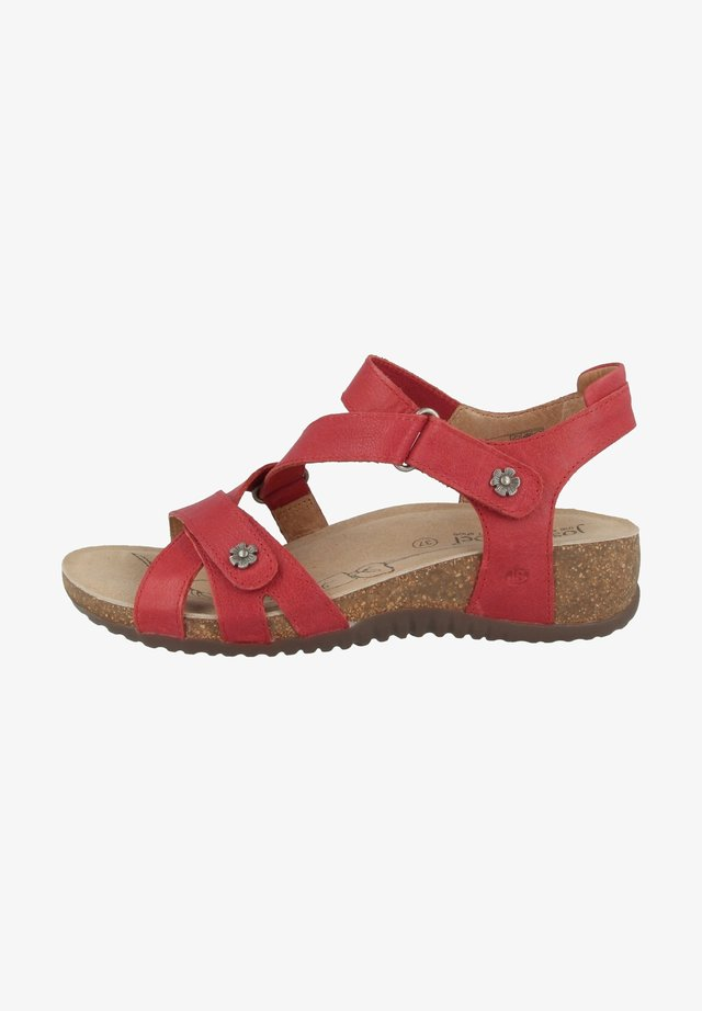 NATALYA  - Sandalen met sleehak - red