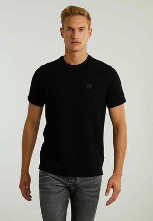 ROYCE - Basic T-shirt - black