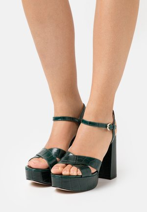 HIGHLIGHT CROSS STRAP PLATFORM  - Sandály na platformě - green