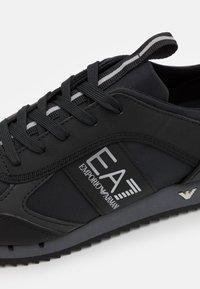 EA7 Emporio Armani - UNISEX - Trainers - black/mottled dark grey - 5