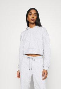 Noisy May - NMLUPA CROP HOOD - Sweatshirt - light grey melange - 0