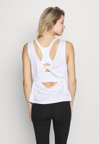 Cotton On Body - TWIST BACK TANK - Top - white - 2