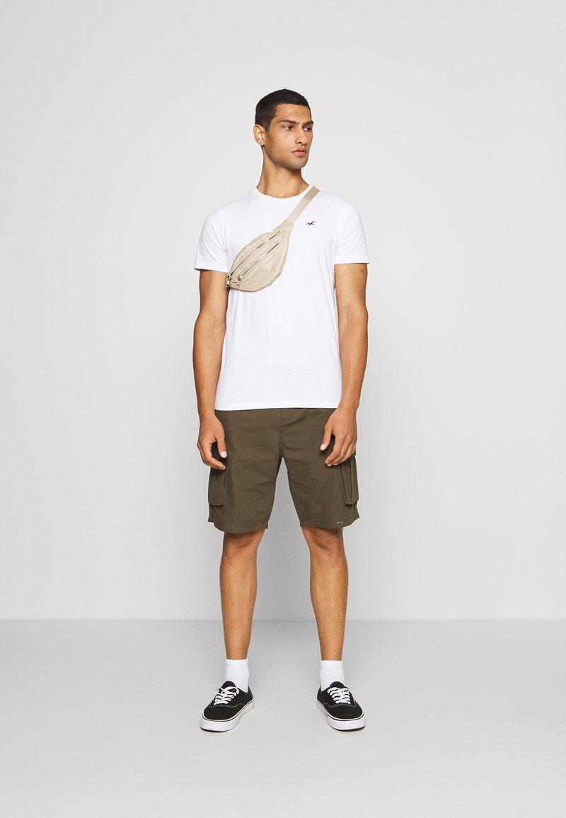 Hollister Co. - SEASONAL CREW 3 PACK  - T-shirt med print - blue